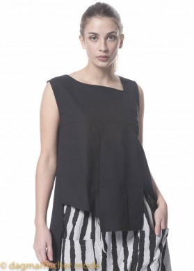 Top Leave Me Wasted von BLACK BY K&M in Plain Black